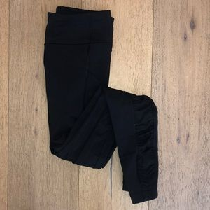 Size 4 lululemon leggings with scrunch bottoms